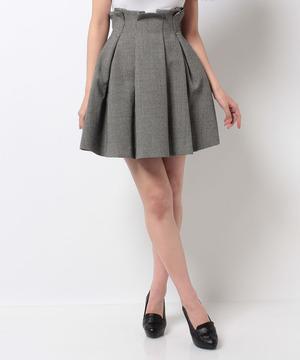 芸能人主役・ダメなアラサー女がダメな私に恋してくださいで着用した衣装ニット/スカート