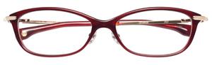 芸能人主役・キャリアウーマン・百貨店外商部勤務がナオミとカナコで着用した衣装眼鏡