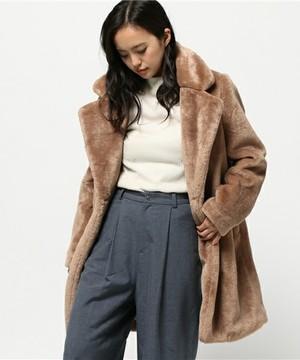 芸能人がブログ 丸高愛実で着用した衣装コート
