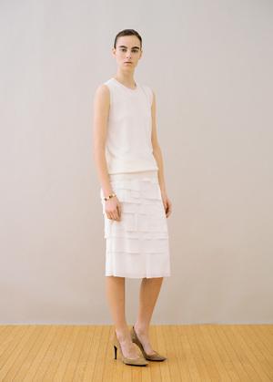 芸能人が白熱ライブビビットで着用した衣装ワンピース