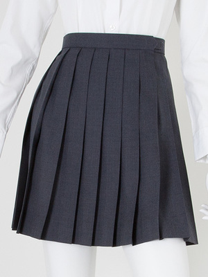 芸能人がGTO  2014で着用した衣装シャツ/スカート