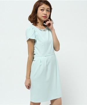 芸能人が白鳥麗子でございます!で着用した衣装ワンピース
