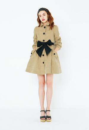 芸能人がその他で着用した衣装コート