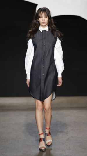 ADEAMのIndigo deconstructed shirtdress