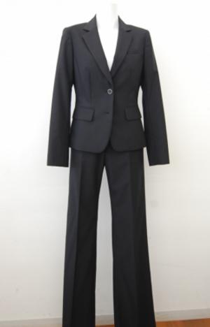 芸能人がBAZOOKA!!!で着用した衣装スーツ