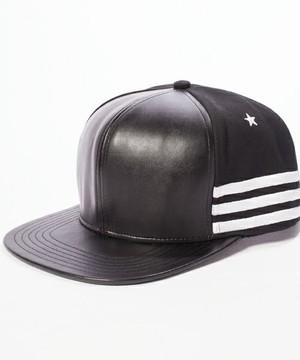 芸能人がN/Aで着用した衣装帽子