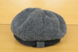 芸能人がひこうき雲で着用した衣装帽子