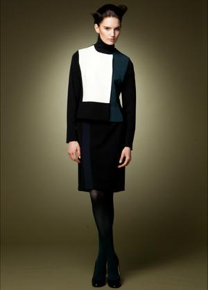 芸能人結婚しない女・キャリアウーマン・総合商社勤務が家族ノカタチで着用した衣装スカート