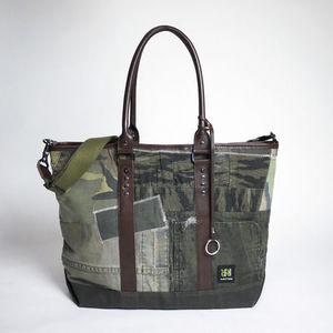 芸能人が素敵な選TAXIスペシャル~湯けむり連続選択肢~で着用した衣装バッグ