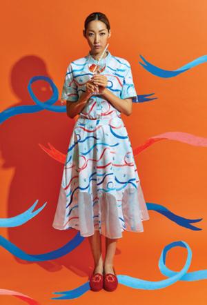 芸能人がAスタジオで着用した衣装スカート