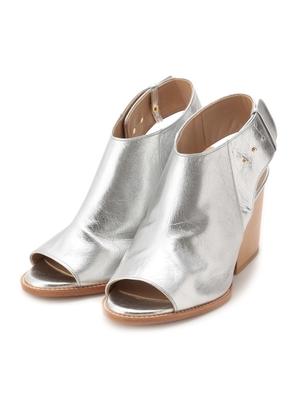 芸能人がBeauTV ~VOCEで着用した衣装靴