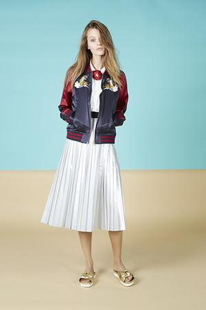 芸能人がキスマイBUSAIKUで着用した衣装ジャケット/スカート