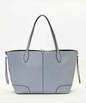 芸能人が早子先生、結婚するって本当ですか?で着用した衣装バッグ