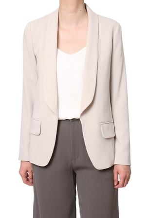 芸能人が99.9 刑事専門弁護士で着用した衣装ジャケット