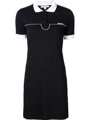 芸能人がInstagramで着用した衣装ポロシャツ