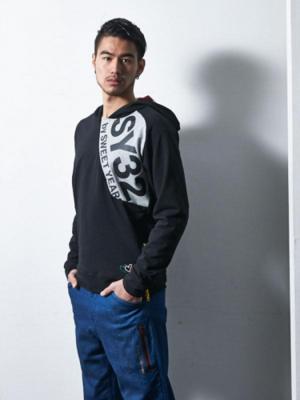芸能人がPOTATO 10月号で着用した衣装アウター