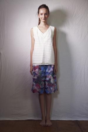 芸能人が未来世紀ジパングで着用した衣装カットソー
