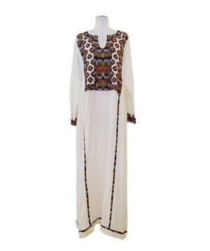 芸能人がInstagramで着用した衣装オールインワン