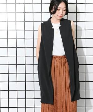 芸能人部下・優秀な派遣社員が営業部長 吉良奈津子で着用した衣装ベスト