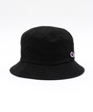 芸能人三男・プレイボーイが好きな人がいることで着用した衣装帽子