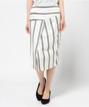 芸能人第1話ゲスト・子育てに悩む産婦人科医が家売るオンナで着用した衣装スカート