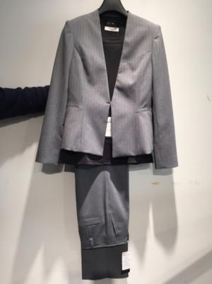 芸能人がカブキぺディアで着用した衣装スーツ