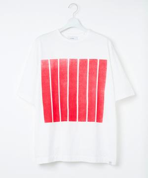 芸能人が変ラボで着用した衣装Tシャツ