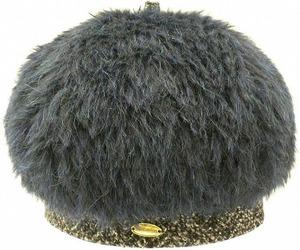 芸能人が人生ごっこで着用した衣装帽子