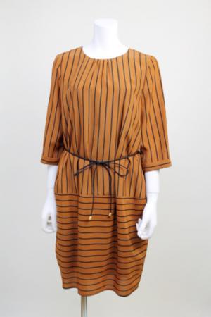 芸能人池澤あやかがアベマプライムで着用した衣装ワンピース
