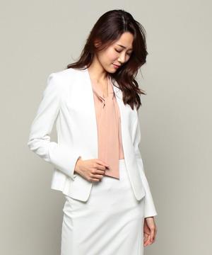 芸能人第5話ゲスト・人気キャスターが営業部長 吉良奈津子で着用した衣装スーツ