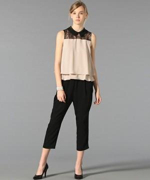 芸能人がブログで着用した衣装ノースリーブシャツ