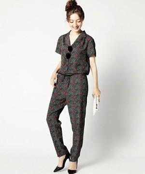 芸能人西野七瀬がブログで着用した衣装ワンピース
