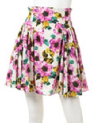 芸能人が失恋ショコラティエで着用した衣装スカート