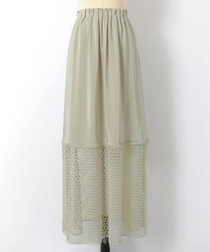 芸能人河北麻友子がInstagramで着用した衣装スカート