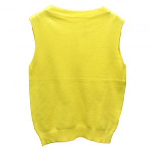 芸能人がBSイレブン競馬中継で着用した衣装ニット/セーター