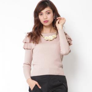 芸能人穂川果音がアベマプライムで着用した衣装ニット/セーター