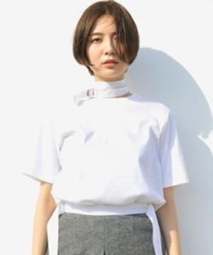 芸能人がInstagramで着用した衣装シャツ / ブラウス