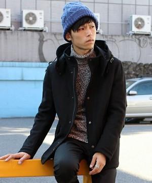 芸能人が山田涼介で着用した衣装ニット/コート/パンツ