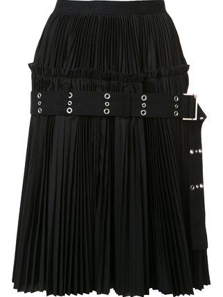 芸能人がLove musicで着用した衣装スカート