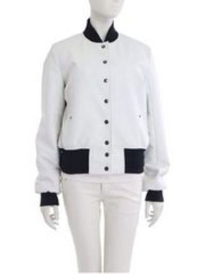 芸能人がキズナ合宿で着用した衣装ジャケット