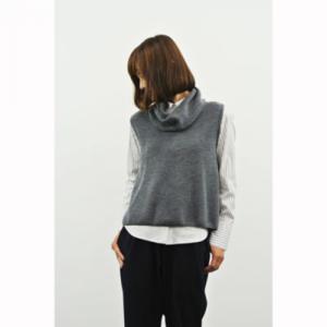 芸能人がメレンゲの気持ちで着用した衣装ニット/セーター