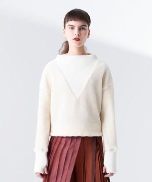 芸能人が乃木坂工事中で着用した衣装ニット/スカート/シューズ・サンダル