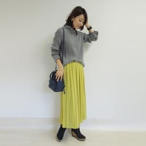 芸能人がヒルナンデス!で着用した衣装Tシャツ・カットソー/ジャケット/スカート