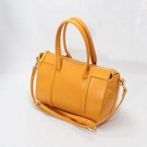 芸能人モデルがC CHANNELで着用した衣装バッグ