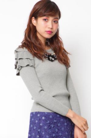 芸能人モデルがC CHANNELで着用した衣装ニット/セーター