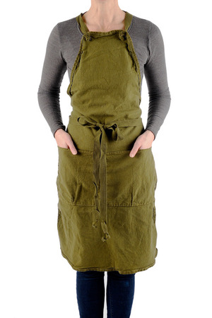 芸能人新垣結衣が逃げるは恥だが役に立つで着用した衣装エプロン