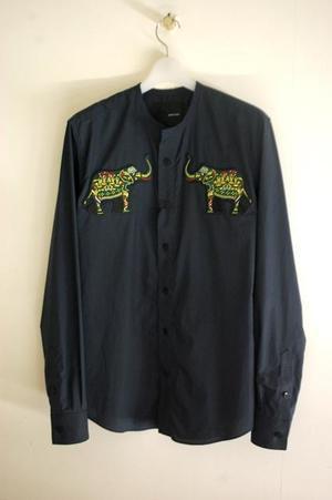 芸能人がしゃべくり007で着用した衣装シャツ