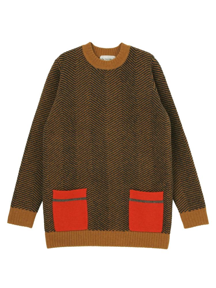 芸能人市川紗椰がユアタイムで着用した衣装ニット