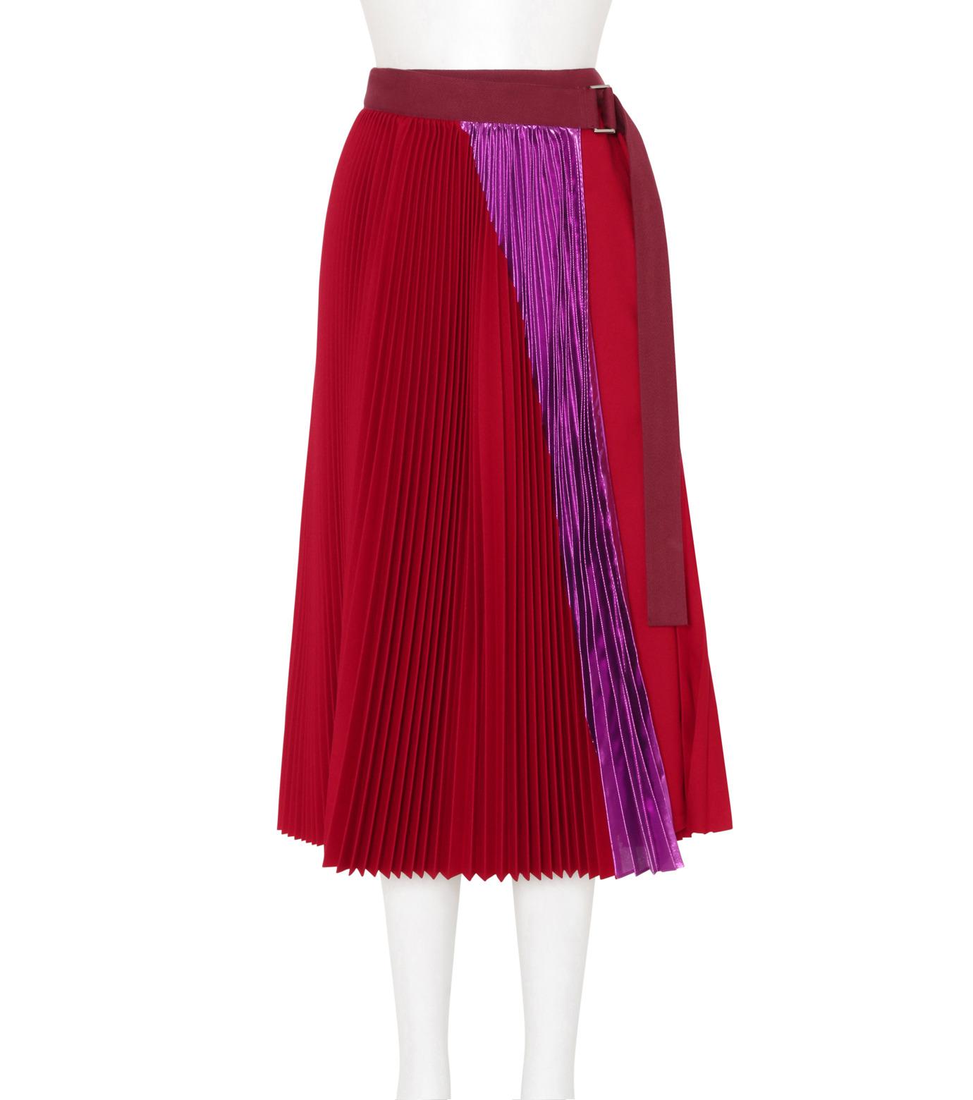 芸能人華原朋美が2016FNS歌謡祭 第1夜で着用した衣装スカート