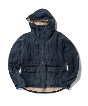 芸能人萩花がInstagramで着用した衣装ジャケット